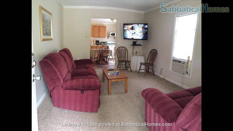 Clean & Comfy 1 or 2 BR apts close to Notre Dame Home Rental in South Bend, Indiana, United States 7