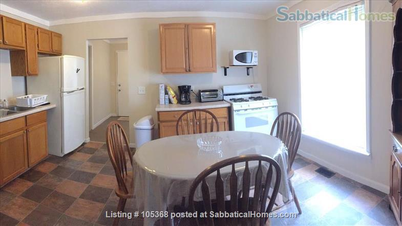 Clean & Comfy 1 or 2 BR apts close to Notre Dame Home Rental in South Bend, Indiana, United States 8