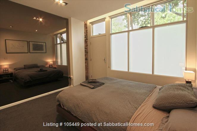 The Hive Graffiti Apartment Home Rental in Carlton, VIC, Australia 7