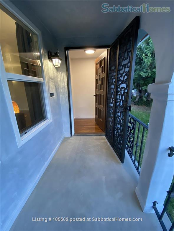 Pretty, Sunny, Entire House with Big Garden-Avail. 7/15 for 1 Month Home Rental in Los Angeles, California, United States 1