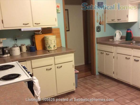 Rural Retreat 3 miles from Campus:  Furnished 4 BR, 3 Bath, Study, 1 Acre in Richland Heights West  Home Rental in Tucson, Arizona, United States 5