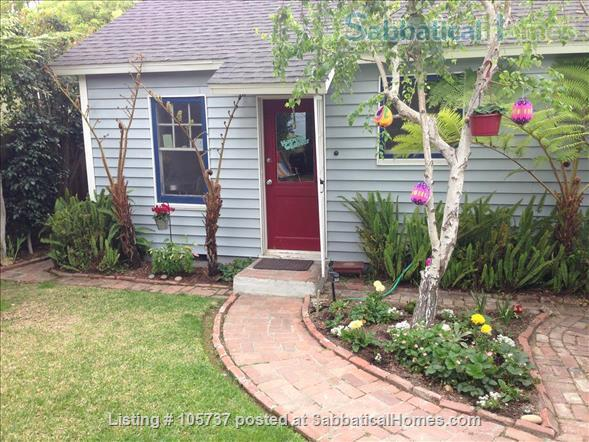 Peaceful Little House in the Hills Close to Occidental, USC, UCLA, Cal Tech, etc. Home Rental in Los Angeles, California, United States 2