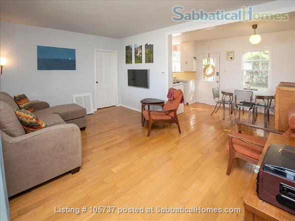 Peaceful Little House in the Hills Close to Occidental, USC, UCLA, Cal Tech, etc. Home Rental in Los Angeles, California, United States 3