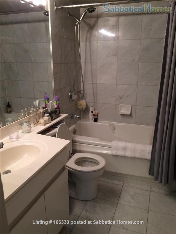 * Fully Furnished Condo * 1 Bedroom Plus Den * Central Toronto * Home Rental in Toronto, Ontario, Canada 3
