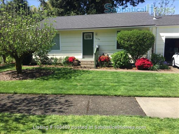 Corvallis Cottage (All utilities included) Home Rental in Corvallis, Oregon, United States 1