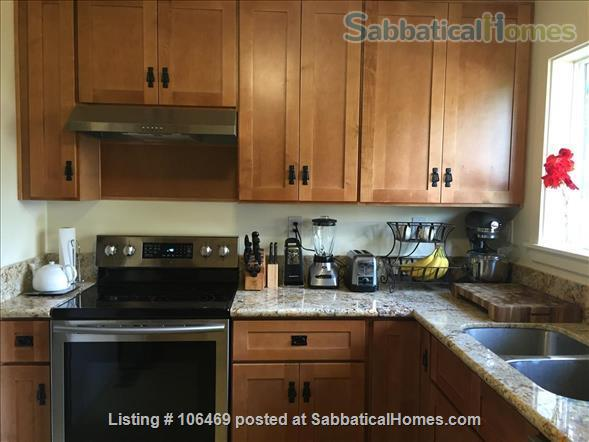Corvallis Cottage (All utilities included) Home Rental in Corvallis, Oregon, United States 2
