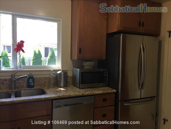Corvallis Cottage (All utilities included) Home Rental in Corvallis, Oregon, United States 3