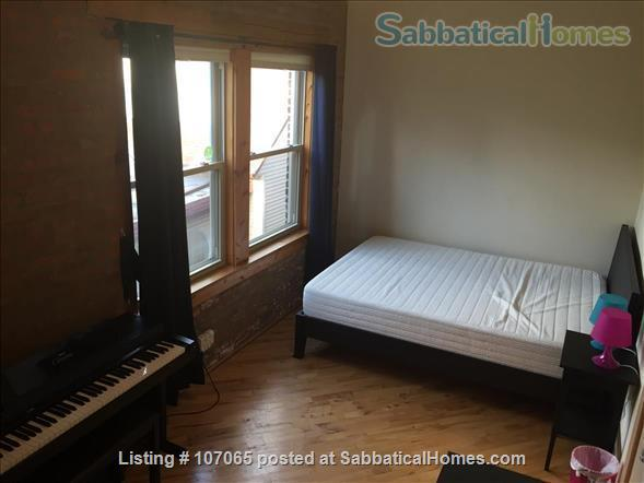 Hyde Park (52nd/Kimbark)  Fully-Furnished 2.5 Bdrm,  Home Rental in Chicago, Illinois, United States 7