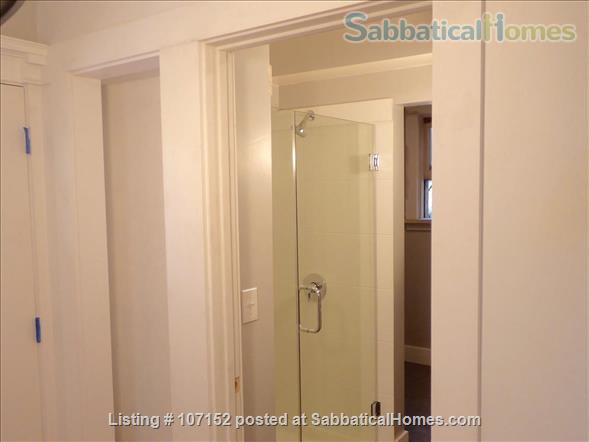 Claremont-Elmwood Elegant Apartment  Home Rental in Berkeley, California, United States 7