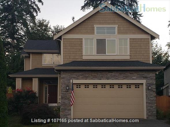 Come HOME to worldly friends! Huge Master Suite in upscale neighborhood home! Home Rental in Brier, Washington, United States 1