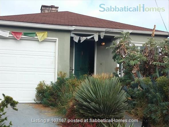 Private Garden Bedroom,  Shared House with Cat & Quiet Owner,  Lush Yard Home Rental in Berkeley, California, United States 1