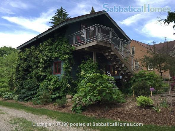 Quiet, furnished private carriage house studio apt. w/flexible start  & stop date Home Rental in Ann Arbor, Michigan, United States 1