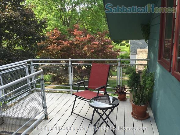 Quiet, furnished private carriage house studio apt. w/flexible start  & stop date Home Rental in Ann Arbor, Michigan, United States 2
