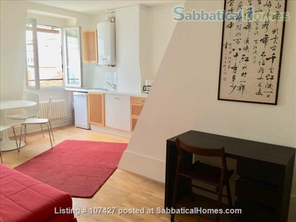 Left Bank between the Luxembourg garden and the cafés/cinemas of Montparnasse : sunny and calm. Home Rental in Paris, Île-de-France, France 3