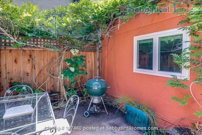 Quiet 1-bd cottage, gorgeous garden,  minutes to UC, BART, shops Home Rental in Berkeley, California, United States 8