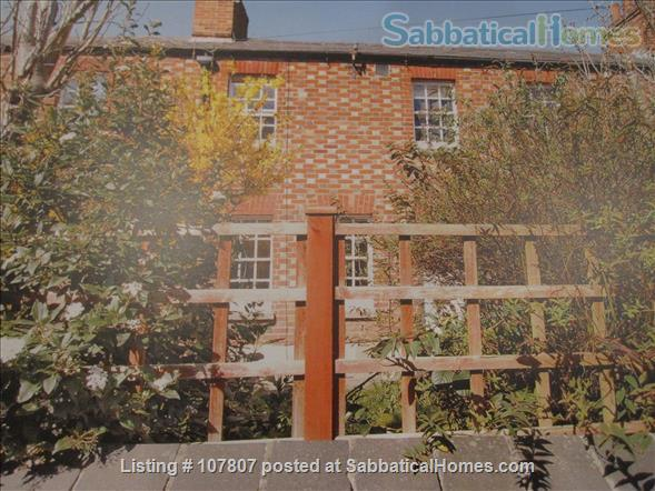 CHARMING 19th CENTURY 3-BED COTTAGE, OXFORD Home Rental in Oxford, England, United Kingdom 1