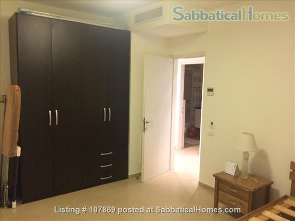 Beautiful luxury two bedroom furnished apartment overlooking the Dome of the Rock Home Rental in Jerusalem, Jerusalem District, Israel 6