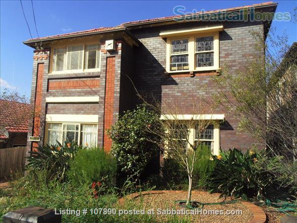 Sunny Two Bedroom Apartment Home Rental in Randwick, New South Wales, Australia 1