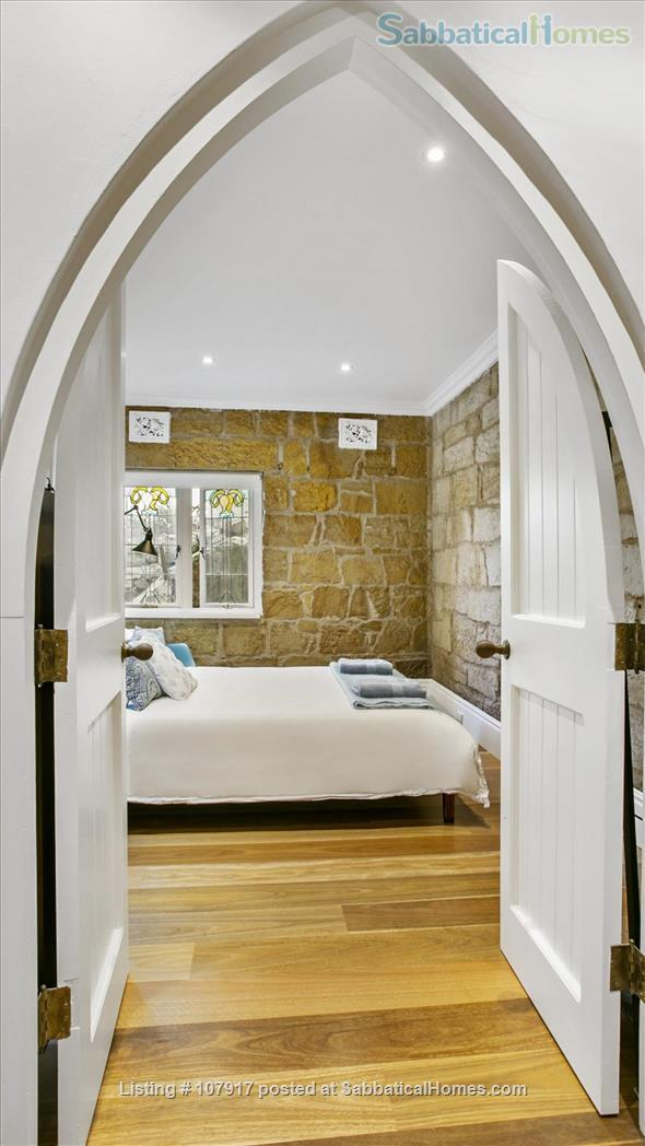 Live by the beach - wake up to a view.  *direct M30 bus to Sydney Uni Home Rental in Mosman, New South Wales, Australia 5