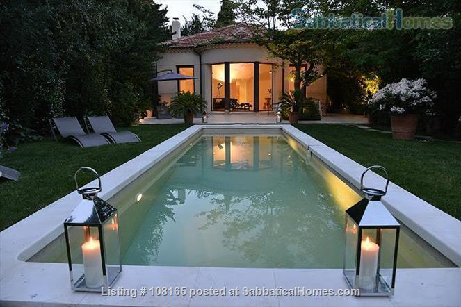 VILLA CEZANNE A CHARMING HOUSE 5 MN BY FOOT TO CENTER TOWN AIX EN PROVENCE Home Rental in Aix-en-Provence, Provence-Alpes-Côte d'Azur, France 0