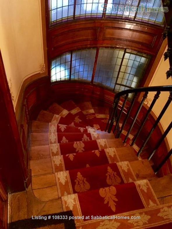 """PARISIAN ELEGANCE, UPSCALE FLAT """"BON STANDING"""", 2 bedroom, (1000 Square feet) Home Rental in Paris, Île-de-France, France 9"""