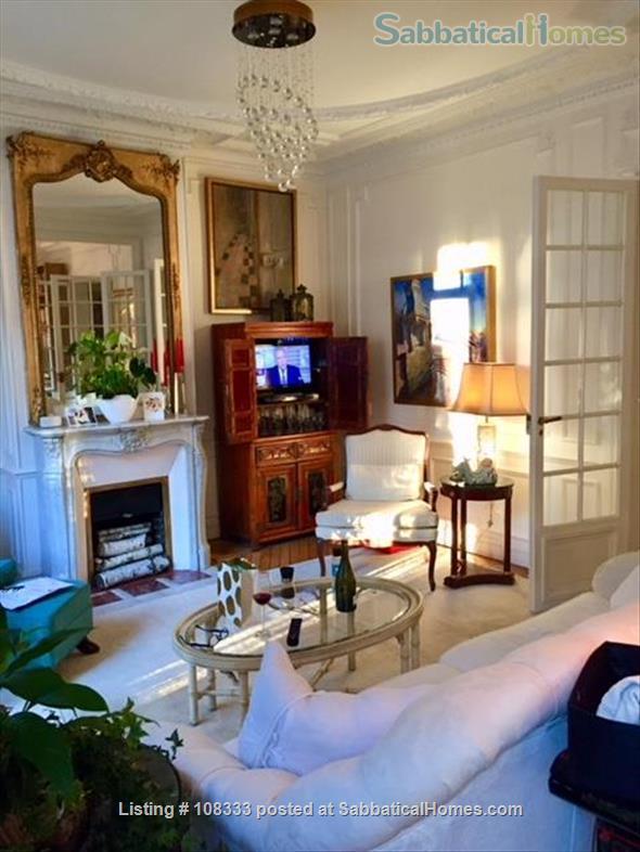 """PARISIAN ELEGANCE, UPSCALE FLAT """"BON STANDING"""", 2 bedroom, (1000 Square feet) Home Rental in Paris, Île-de-France, France 4"""