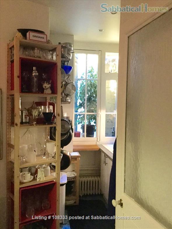 """PARISIAN ELEGANCE, UPSCALE FLAT """"BON STANDING"""", 2 bedroom, (1000 Square feet) Home Rental in Paris, Île-de-France, France 6"""