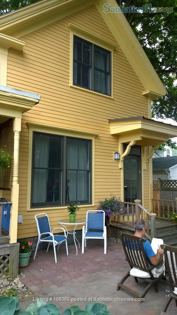 Extraordinary Barn Apartment in Historic Brunswick ACADEMIC YEAR 21/22 Home Rental in Brunswick, Maine, United States 8