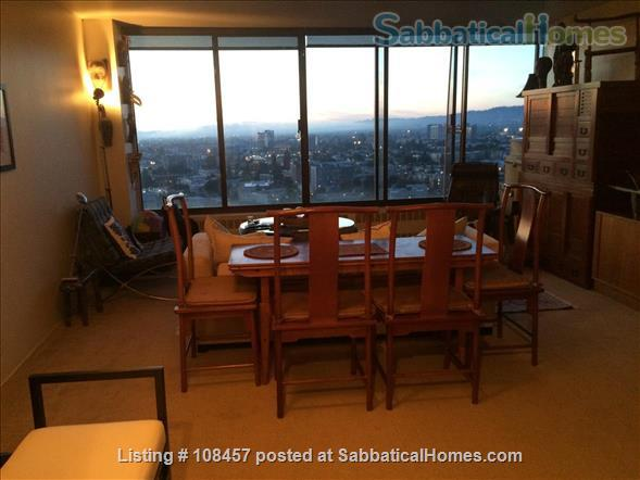 Lake Merritt Penthouse Home Exchange in Oakland 2 - thumbnail
