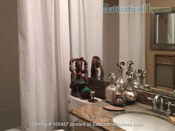 Lake Merritt Penthouse Home Exchange in Oakland, California, United States 4