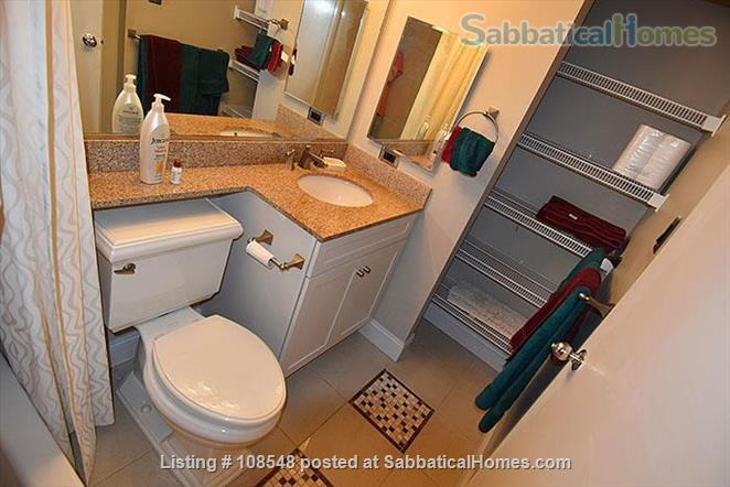 Stunning Loft Water View Best Loc. ALL INCLUSIVE Perfect for Train Lovers Home Rental in Philadelphia, Pennsylvania, United States 5