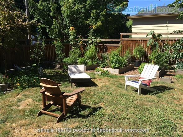 Furnished 2 bd apartment (1300ft2), utilities incl, close-in SE Home Rental in Portland, Oregon, United States 9