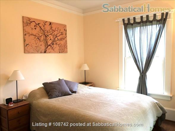 Furnished 2 bd apartment (1300ft2), utilities incl, close-in SE Home Rental in Portland, Oregon, United States 4