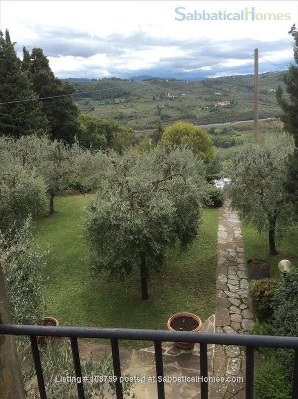 PIAN DEI GIULLARI  PANORAMIC APARTMENT IN AN OLIVE GROVE 15 MINUTES FROM THE PONTE VECCHIO Home Rental in Florence, Tuscany, Italy 7
