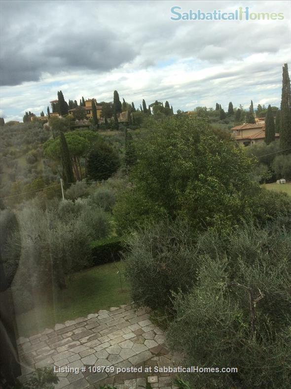 PIAN DEI GIULLARI  PANORAMIC APARTMENT IN AN OLIVE GROVE 15 MINUTES FROM THE PONTE VECCHIO Home Rental in Florence, Tuscany, Italy 8
