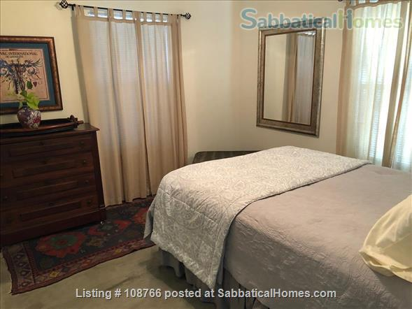 Private Hyde Park cottage near UT; all util/wifi/bike incl.; Washer/dryer Home Rental in Austin, Texas, United States 5