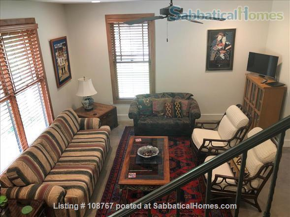 UT/Hyde Park lovely 3 bedroom, 2.5 bath; utilities, high speed WiFi paid Home Rental in Austin, Texas, United States 0