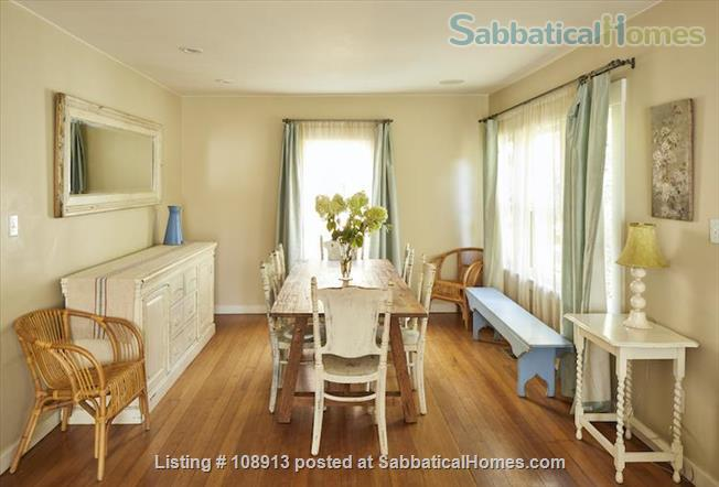 Charming Rockridge Craftsman Home Rental in Oakland 0
