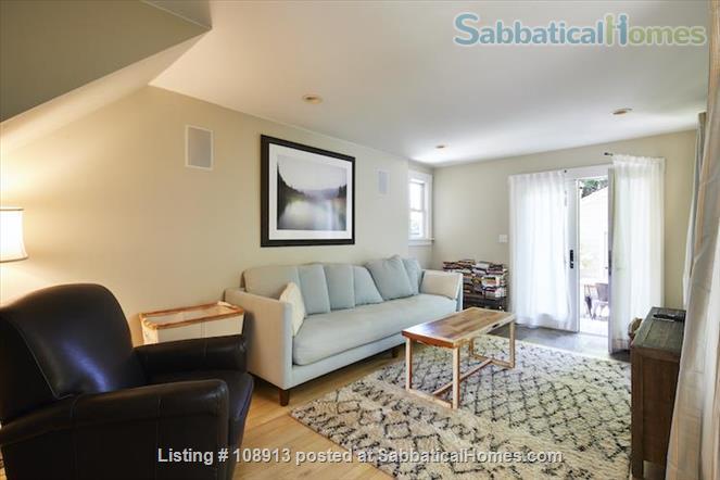 Charming Rockridge Craftsman Home Rental in Oakland 8