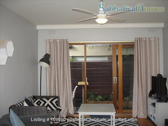 2-bedroom apartment with courtyard near beach and central Melbourne, Australia Home Rental in Elwood, VIC, Australia 1