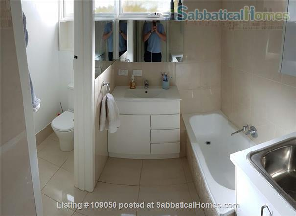 2-bedroom apartment with courtyard near beach and central Melbourne, Australia Home Rental in Elwood, VIC, Australia 5