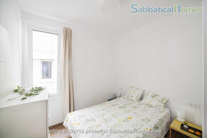 Generous 2-bedroom flat in Sant Antoni very close to Plaça Universitat Home Rental in Barcelona, Catalunya, Spain 4