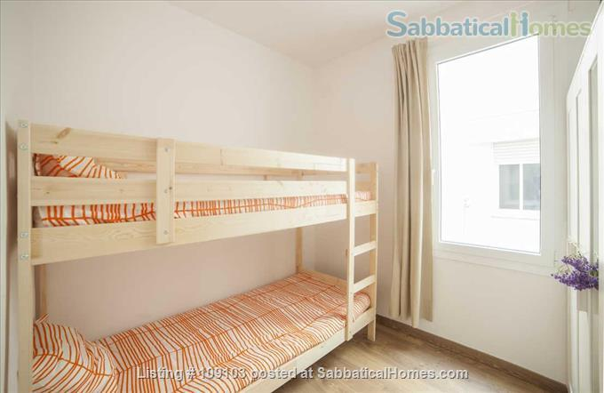 Generous 2-bedroom flat in Sant Antoni very close to Plaça Universitat Home Rental in Barcelona, Catalunya, Spain 6