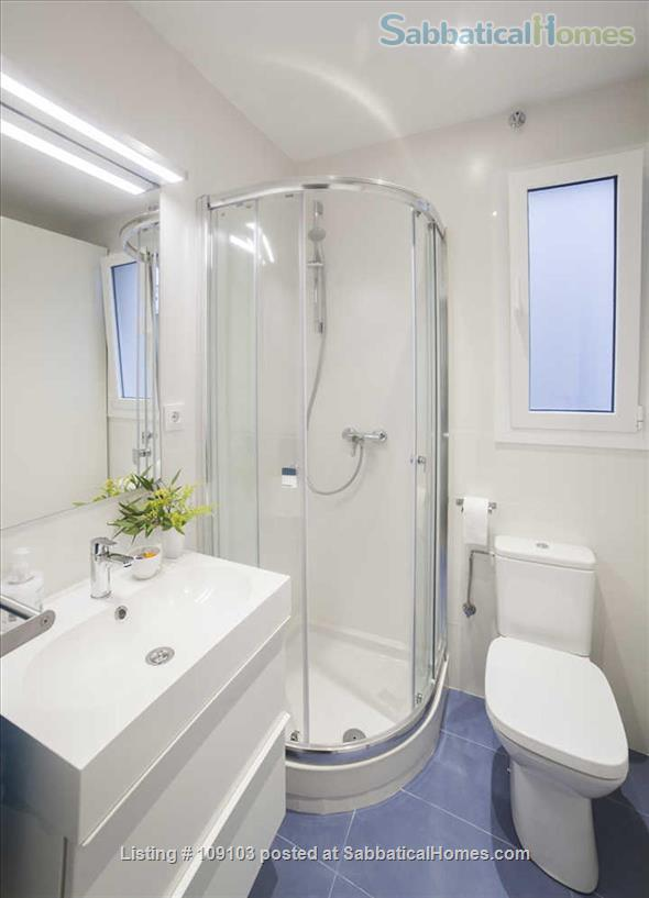 Generous 2-bedroom flat in Sant Antoni very close to Plaça Universitat Home Rental in Barcelona, Catalunya, Spain 7