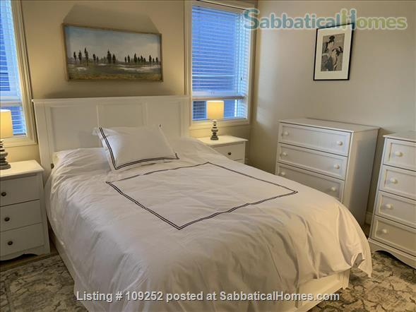 Kits Beach, 2BR, View, Bus Route to UBC Home Rental in Vancouver, British Columbia, Canada 3