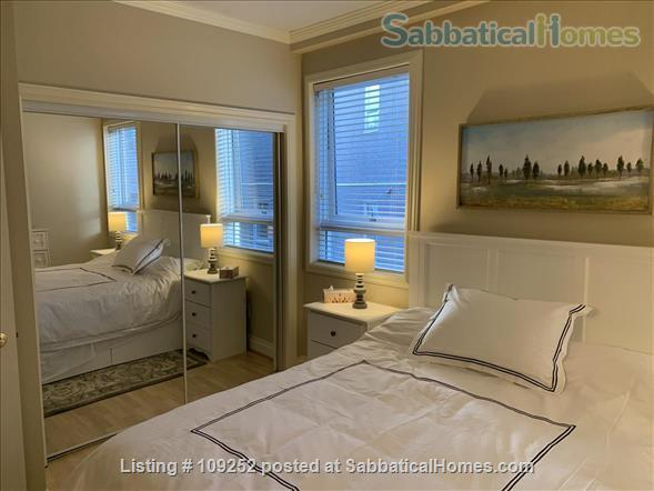 Kits Beach, 2BR, View, Bus Route to UBC Home Rental in Vancouver, British Columbia, Canada 4