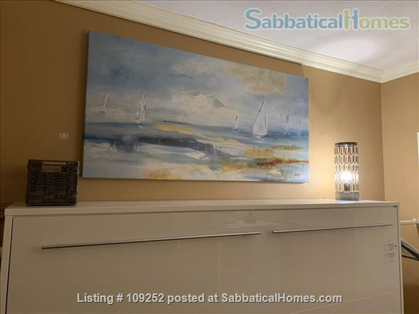 Kits Beach, 2BR, View, Bus Route to UBC Home Rental in Vancouver, British Columbia, Canada 5