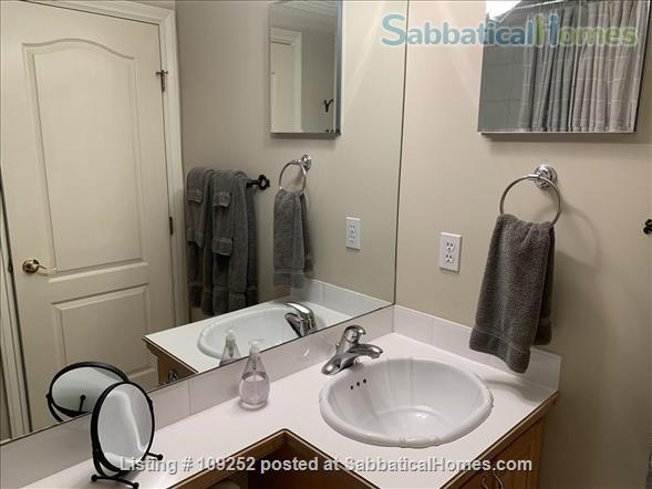 Kits Beach, 2BR, View, Bus Route to UBC Home Rental in Vancouver, British Columbia, Canada 7
