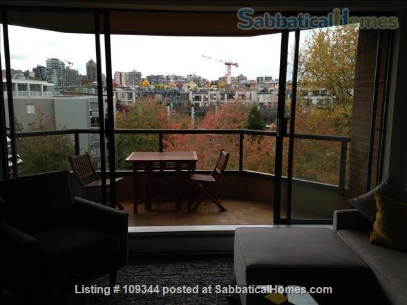 Lovely condo adjacent to False Creek and Granville Island Home Rental in Vancouver, British Columbia, Canada 2