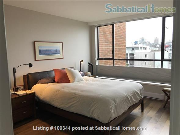 Lovely condo adjacent to False Creek and Granville Island Home Rental in Vancouver, British Columbia, Canada 5